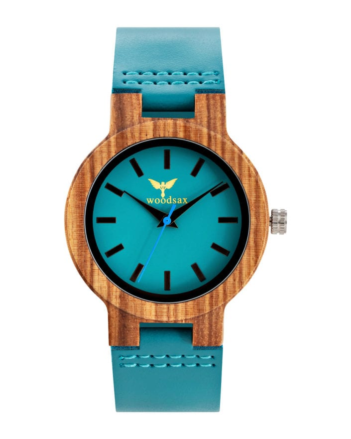 Catalogue photography of a mens wooden watch