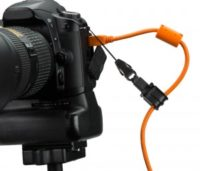 js020-tether-tools-jerkstopper-camera-support-usb-org-tether-cable-management-front-1-300x257